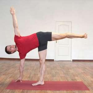 Женская энергия в йоге